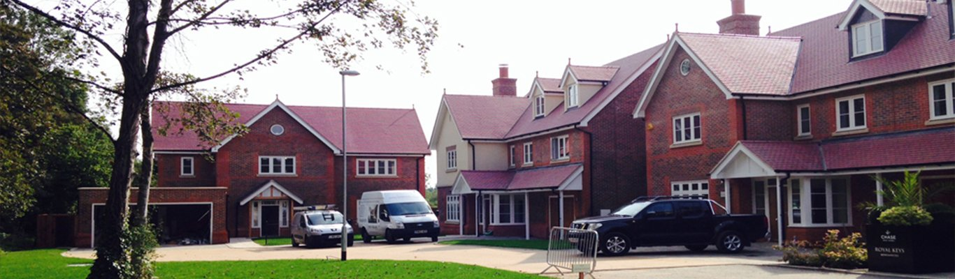 Roofers North London 8 & Roofing Barnet |Roof Repairs Enfield |Thomas Roofing London memphite.com